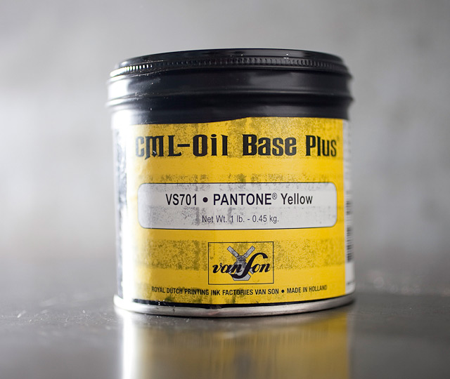 Pantone Yellow - oil base
